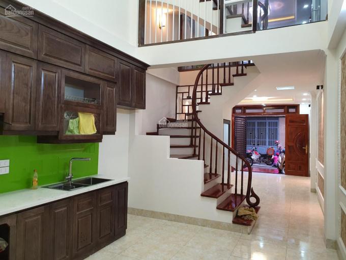 Bán nhà 6 phòng ngủ gần mặt phố Giảng Võ, Kim Mã Ngọc Khánh, Ba Đình 45m2x5T xây mới giá 5,2 tỷ