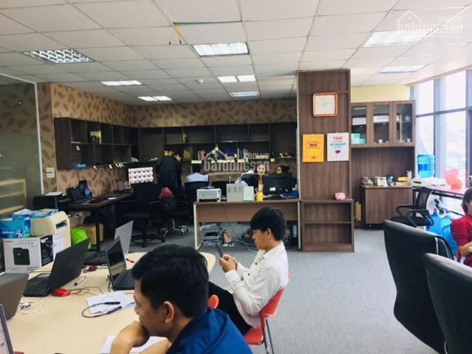 Còn duy nhất 1 sàn văn phòng cho thuê trên tầng 6 tại mặt phố Yên Lãng, DT 95m2 giá chỉ 15 tr/th