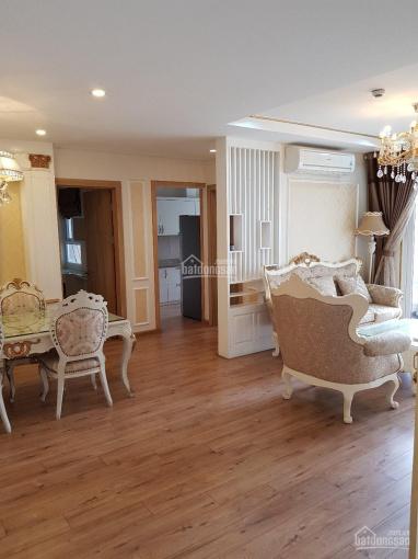 Cho thuê căn hộ Golden Palace Mễ Trì, DT 118m2, 3PN, full nội thất cổ điển, giá 15tr/th. 0902758526