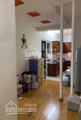 Tôi bán căn hộ chung cư CT6 Bemes Xa La, căn góc 2 phòng ngủ, 68m2. Nhà đã có nội thất đầy đủ