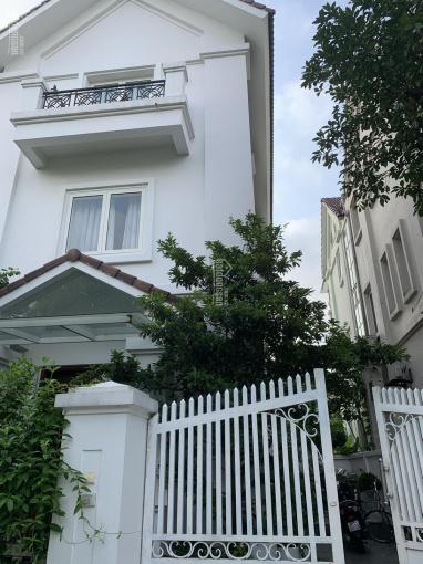 Cần bán gấp biệt thự Vinhomes Riverside - Long biên - Hanoi