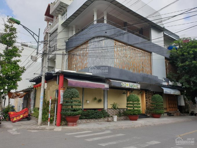 Cho thuê căn góc ngay ngã tư cực đẹp trung tâm TP Nha Trang giá rẻ