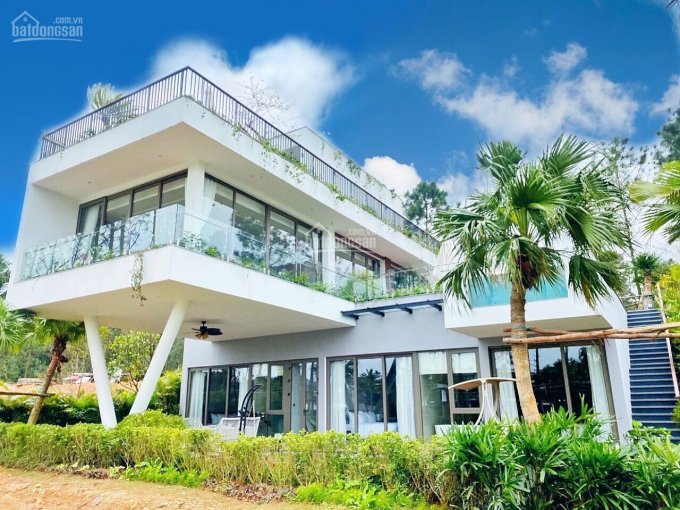 Cần tiền bán gấp biệt thự nghỉ dưỡng Flamingo Đại Lải