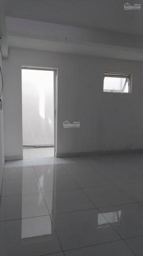 Cho thuê mặt bằng Phan Văn Trị, phường 11, Bình Thạnh, DT 4x16m, 20tr/tháng TL, 0933818298