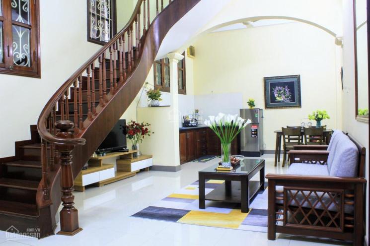 Cho thuê nhà riêng 4 tầng x 55m2 phố Hai Bà Trưng, nhà đẹp, 4PN, tiện nghi đủ giá rẻ 14tr/tháng ảnh 0