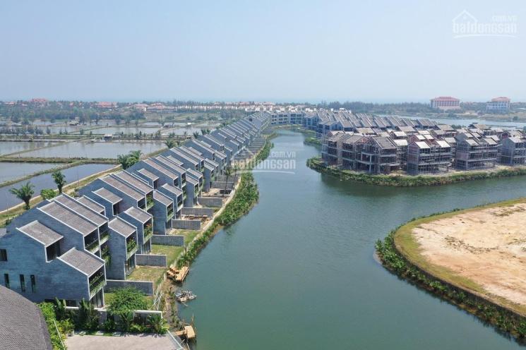 Bán biệt thự Casamia Hội An giá từ 7.5 tỷ, 4PN, view sông, rừng dừa 7 mẫu