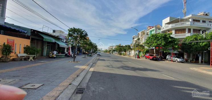Bán nhà nghỉ mặt tiền Lê Quang Định, 1 trệt, 3 lầu, 87.1m2, chỉ 6.5 tỷ