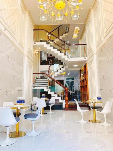 Bán nhà MT An Dương Vương, Quận 8, đường 30m, kdc compound, 6,9 tỷ, ngân hàng 70%, miễn lãi 1 năm