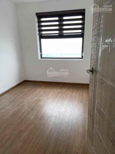 Cho thuê căn 02 phòng ngủ đồ cơ bản ở Ruby 3 Phúc Lợi, giá 5tr/tháng, LH: 0949993596