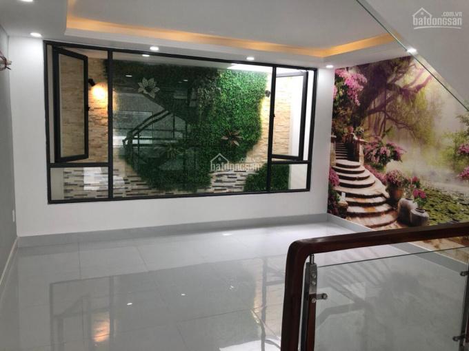 Bán nhà mới hoàn toàn tại Phú Mỹ, Quận 7, giá 6.1 tỷ. LH chính chủ Cô Minh 0934634261