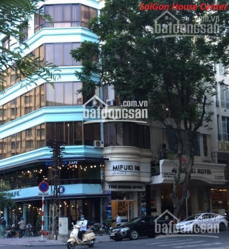 Cần bán gấp nhà mặt tiền An Dương Vương, Quận 5, DT: 4x18m giá chỉ 26 tỷ. Khu kinh doanh xe hơi