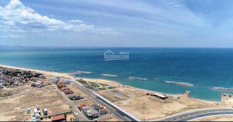 Gia đình định cư nước ngoài cần bán 2 lô đất liền kề sát biển TP Tuy Hoà. 0982.35.99.25 chị Trang