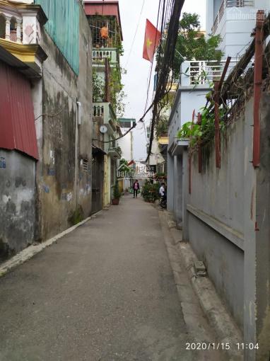 Bán 50m2 đất tại ngõ 68 tổ 15 Thạch Bàn, Long Biên, Hà Nội, giá 2.3 tỷ