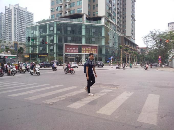Cho thuê sàn thương mại tầng 1 lô góc MP phố Nguyễn Tuân và Nguyễn Huy Tưởng - Thanh Xuân. DT 100m2
