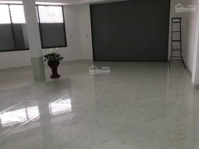 Cho thuê căn góc 2 mặt tiền đường số 13, khu đô thị Hà Quang 2