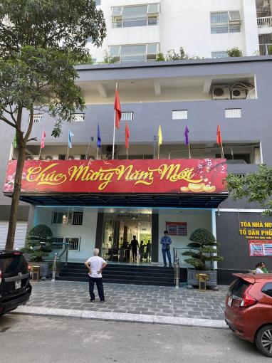 Chính chủ bán CH N09B2 KĐT Dịch Vọng, 123m2. LH chị Thủy: 0972368586