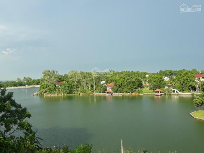 Bán lô đất 6500m2 đất bám mặt hồ rộng views cao thoáng mát giá rẻ tại Lương Sơn, Hòa Bình