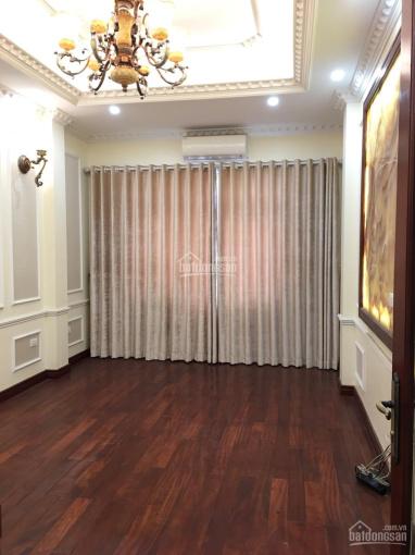 Cho thuê biệt thự sang trọng hiện đại KĐT Trung Văn Vinaconex 3. DT 180m2 XD 110m2 x 3,5T + 1 hầm