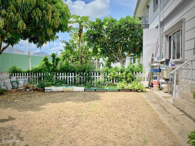 Bán biệt thự song lập Thủ Đức Garden Homes, 339m2, hướng Đông Nam, sân vườn rộng ảnh 0