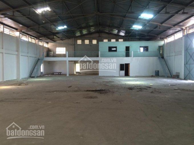 Cho thuê gấp kho xưởng 1200m2, đường Lạc Long Quân, Q. 11, giá hợp lý, đường xe container ảnh 0