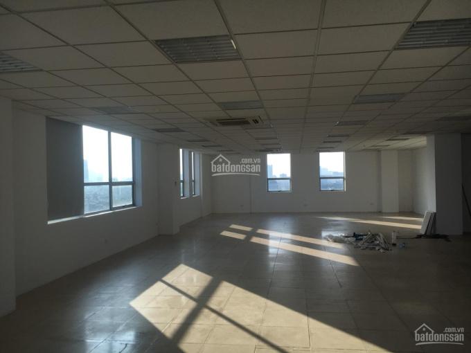 Cho thuê văn phòng 60m2, 170m2, 260m2 phố Đội Cấn - Văn Cao, giá chỉ từ 200 nghìn/m2/thg