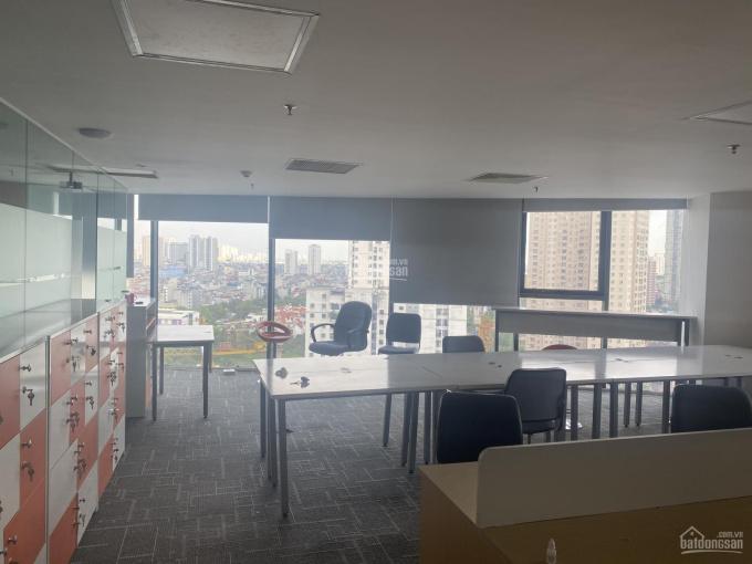 Cho thuê sàn văn phòng đẹp tại Lê Văn Lương kéo dài 115m2, chỉ 24 triệu/tháng - 0943 881 591