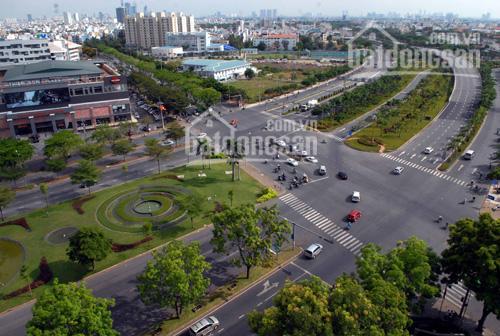 Bán nhà diện tích khuôn viên 1000m2 mặt tiền Nguyễn Văn Linh, quận 7 giá 92 tỷ, LH 0903368292