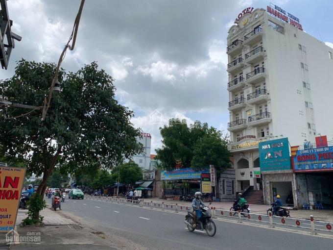 Nhà mặt tiền đường Tây Thạnh, Tân Phú 8x30m, khu sung, xây cao tầng, đường 30m. Giá 35 tỷ ảnh 0