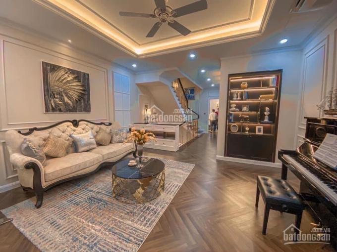 Cần tiền, tôi bán lỗ căn nhà phố Verosa Park, giá gốc 12.1 tỷ, mặt đường 24m ảnh 0