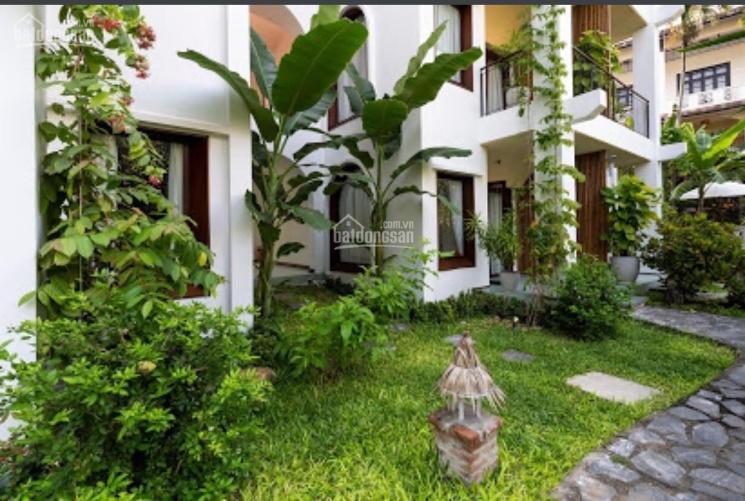 Bán biệt thự MT Đặng Dung, Phường Tân Định, Quận 1, DT: 11x22m, Giá 95 tỷ, 0902900365