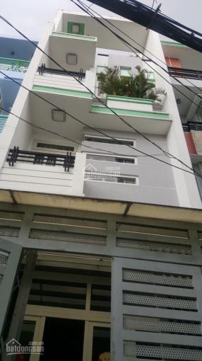Hot cần bán gấp nhà HXH Lạc Long Quân gần chợ, trường học, bệnh viện