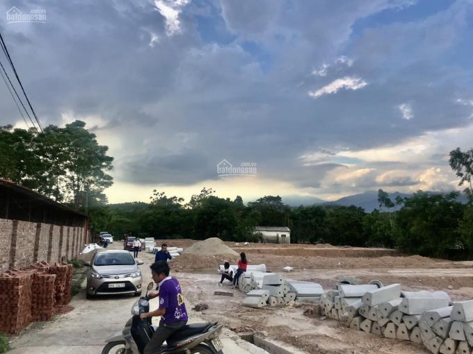 Bán đất làng Tấm Định Trung 360 triệu/ lô, liên hệ 0868739386