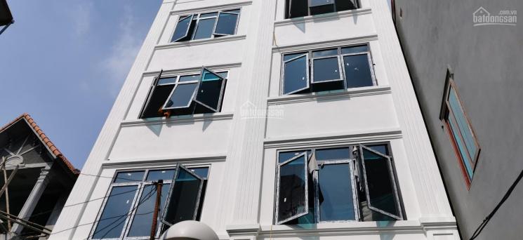Nhà 5 tầng - 6 phòng ngủ - 35m2 - hướng Đông Nam giá 2 tỷ đầy đủ nội thất. LH: 0977560093