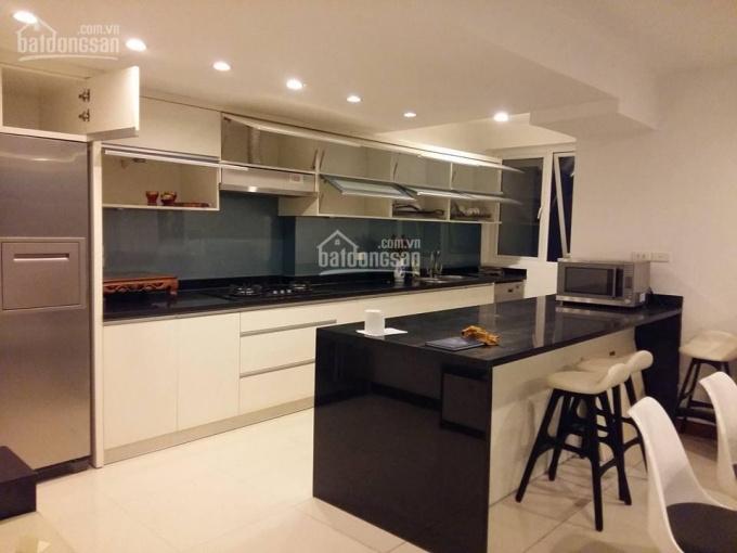 Bán căn hộ chung cư 200 m2, 4PN tòa Vinhome Nguyễn Chí Thanh, góc Đông Bắc - Đông Nam, 14 tỷ ảnh 0