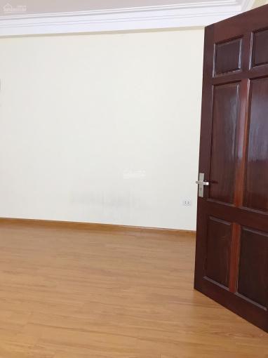 Bán nhà riêng 4 tầng 35m2 đường Dương Văn Bé, phường Vĩnh Tuy chỉ 3.4 tỷ . Lh 0936158081