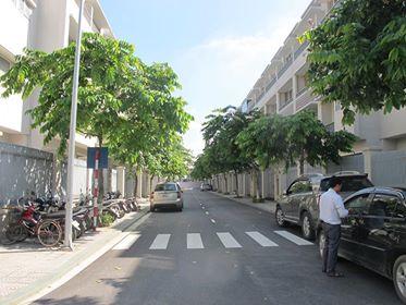 Cho thuê căn liền kề khu đô thị mới An Hưng có nền, nhà vệ sinh, điện nước 6tr/tháng. LH 0904333966