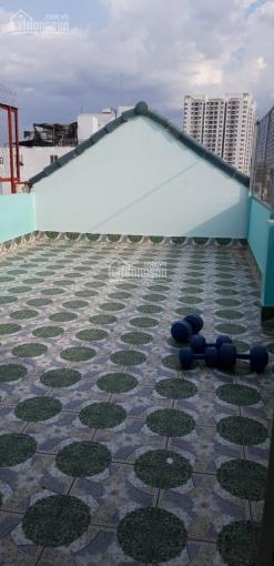 Cho nam sinh viên thuê phòng hoặc ở ghép đường Huỳnh Tấn Phát, Q7