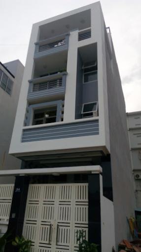 Không quản lý được nên cho thuê nhà mặt tiền 250 An Dương Vương, Q5