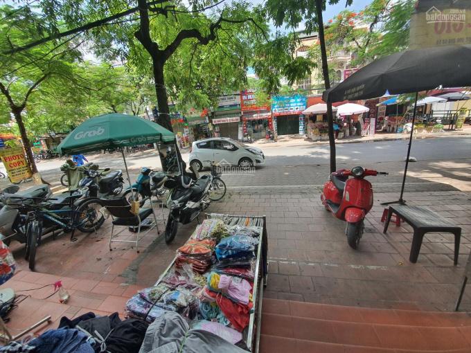 Cho thuê nhà 3 tầng mặt phố Trần Cung để kinh doanh