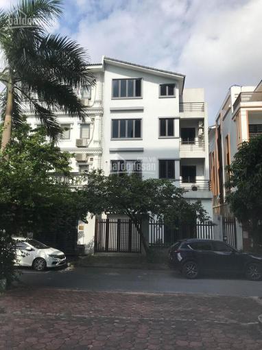 Cho thuê nhà biệt thự làm văn phòng, lớp học, kinh doanh khu đô thị Việt Hưng, Long Biên, Hà Nội