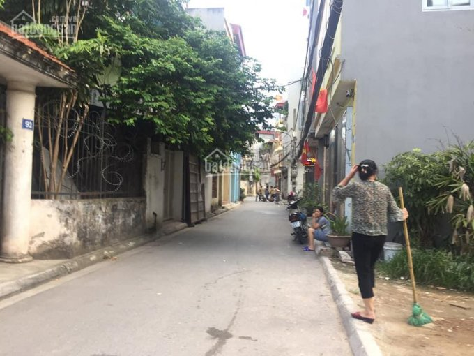 Bán 50.9m2 đất thổ cư Thạch Bàn, Long Biên, HN, ngõ rộng ô tô đỗ cửa giá cực mềm chỉ 1,75 tỷ