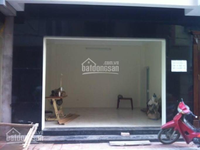 Hot, cho thuê nhà mặt phố Lò Đúc DT rộng: 80m2 x2T MT: 4,5m. LH 0971531102