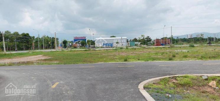 Bán 5x16m đất ngay cổng chào huyện Long Điền, Bà Rịa Vũng Tàu, vị trí đắc địa, thổ cư full