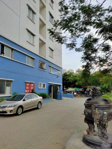 Bán căn hộ OCT1 - Bắc Linh Đàm, 62m2, 2PN rất đẹp thoáng, giá 1,3 tỷ (ảnh thật)