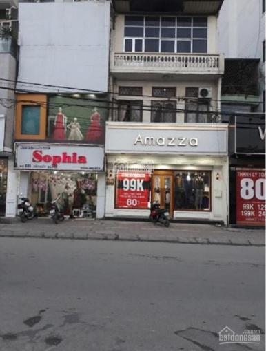 Bán nhà mặt phố Văn Cao, vị trí đẹp, 2 mặt thoáng. Giá chỉ 230 triệu/m2