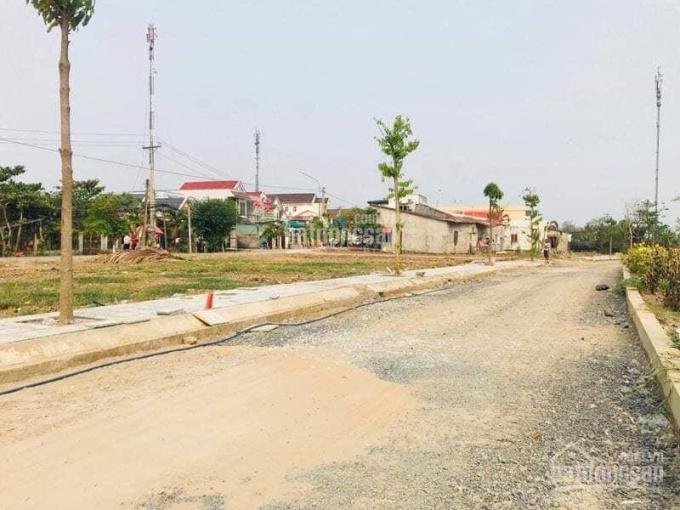 Ngân hàng thanh lý 5 lô đất MT Hồ Bá Phấn, P. Phước Long A, Quận 9, TT: 2 tỷ/82m2. LH: 0938574034