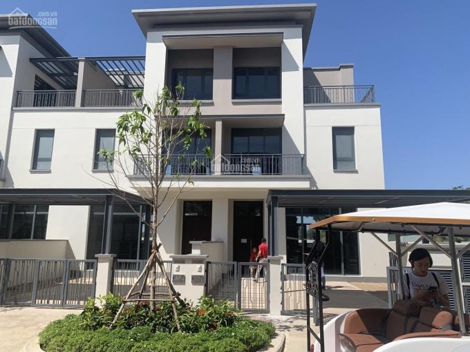 Chính chủ cần bán căn nhà phố cao cấp Swan Park, thương lượng khách thiện chí. Liên hệ 0961333388