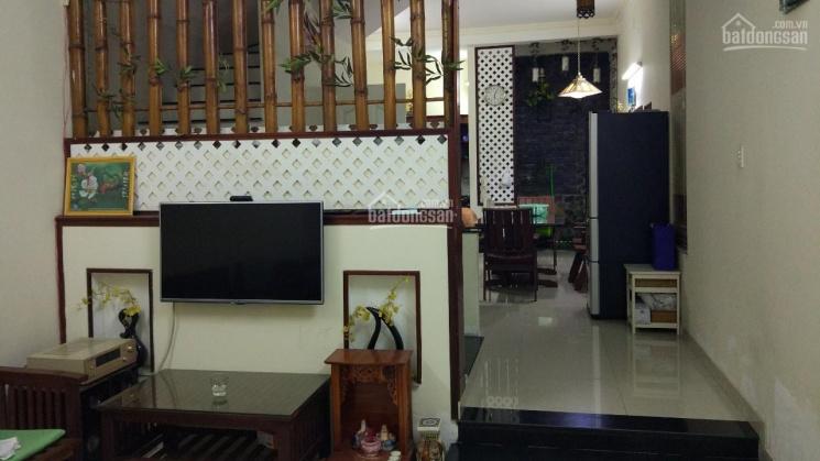 Cho thuê nhà hẻm Bờ Bao Tân Thắng, 4,5x15m, 3 tấm, hẻm 8m nhựa, cách Aeon 200m. Giá 12tr/tháng
