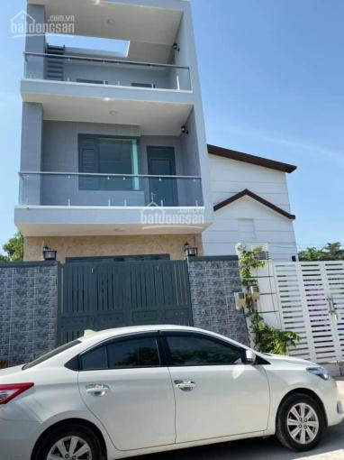 Cho thuê nhà nguyên căn mới 100% Bưng Ông Thoàn, Phú Hữu, Quận 9, DT: 62m2, giá: 12 tr/th