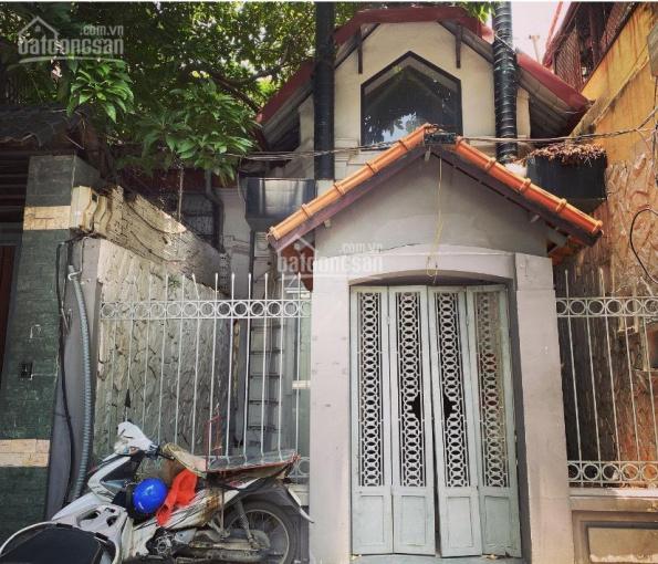 Cho thuê biệt thự kiểu Pháp tại trung tâm Hà Nội, Hoàn Kiếm. Thích hợp để làm nhà hàng, spa, pub